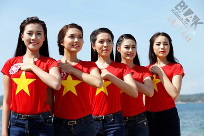 Áo cờ đỏ sao vàng tại đồng phục Song Phú